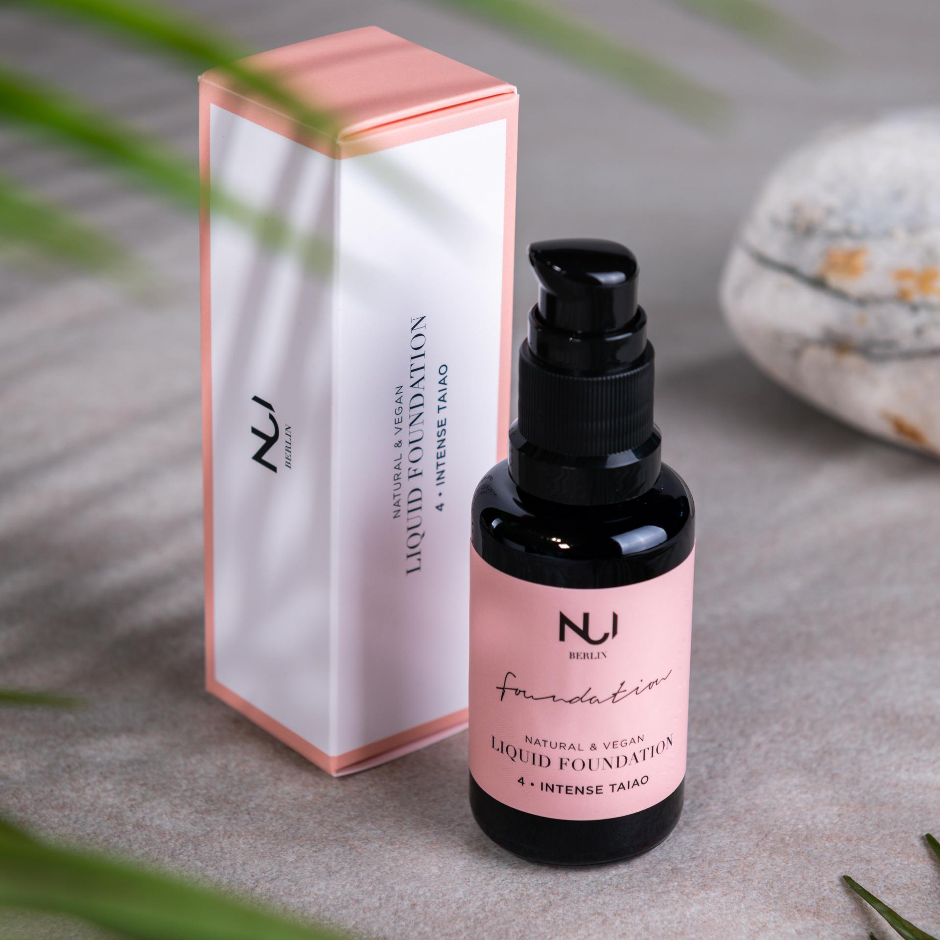 NUI Natural Liquid Foundation 04 INTENSE TAIAO