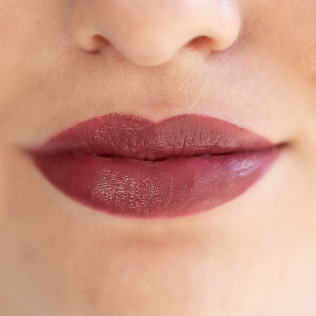 NUI Natural Lipstick AKONA