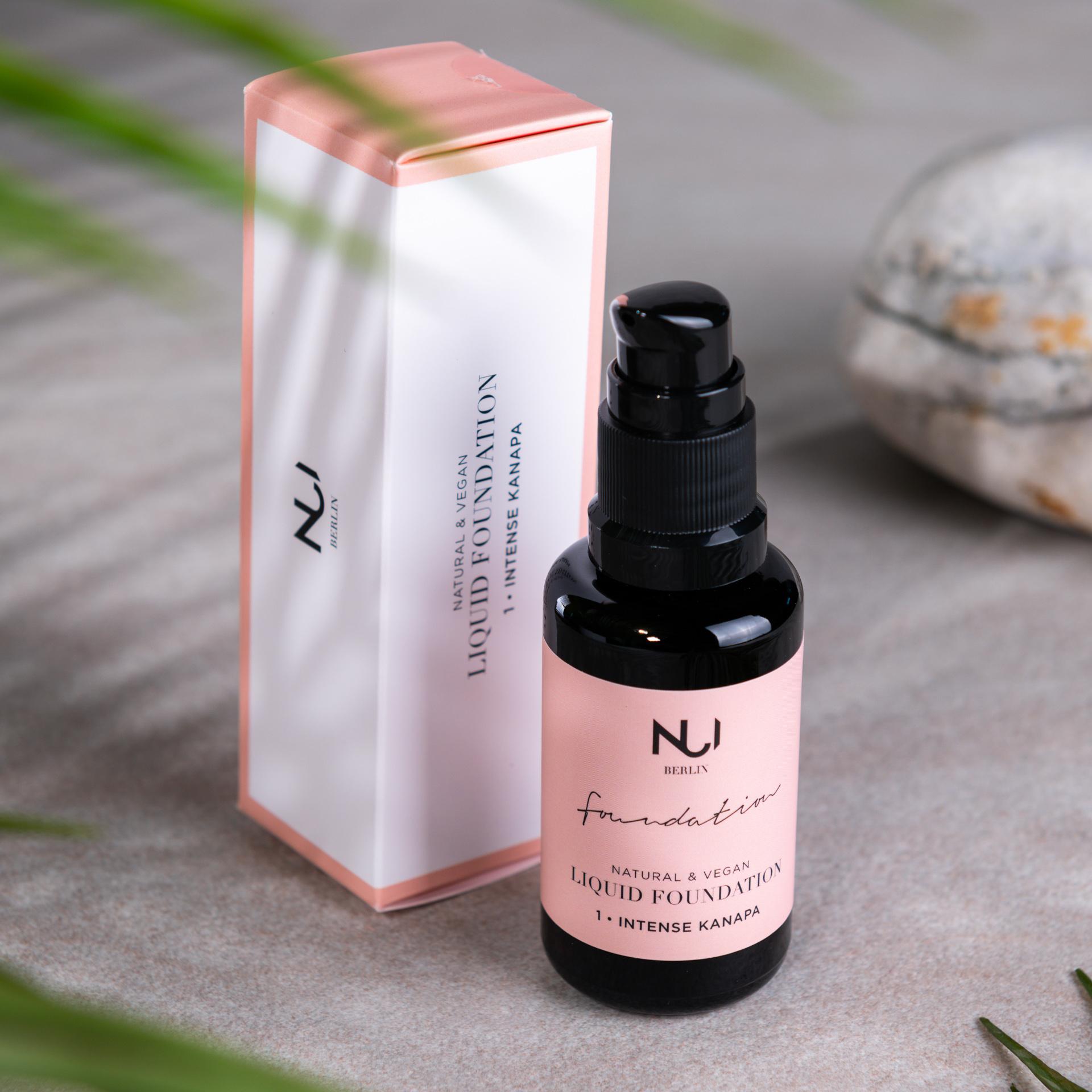 NUI Natural Liquid Foundation 01 INTENSE KANAPA