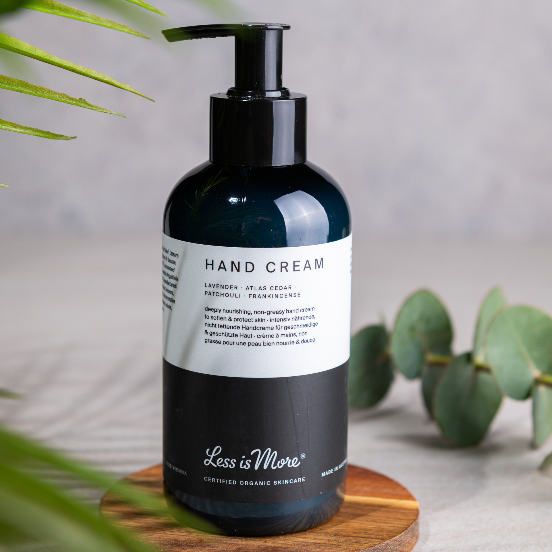 Hand Cream Lavender · Atlas Cedar · Patchouli · Frankincense