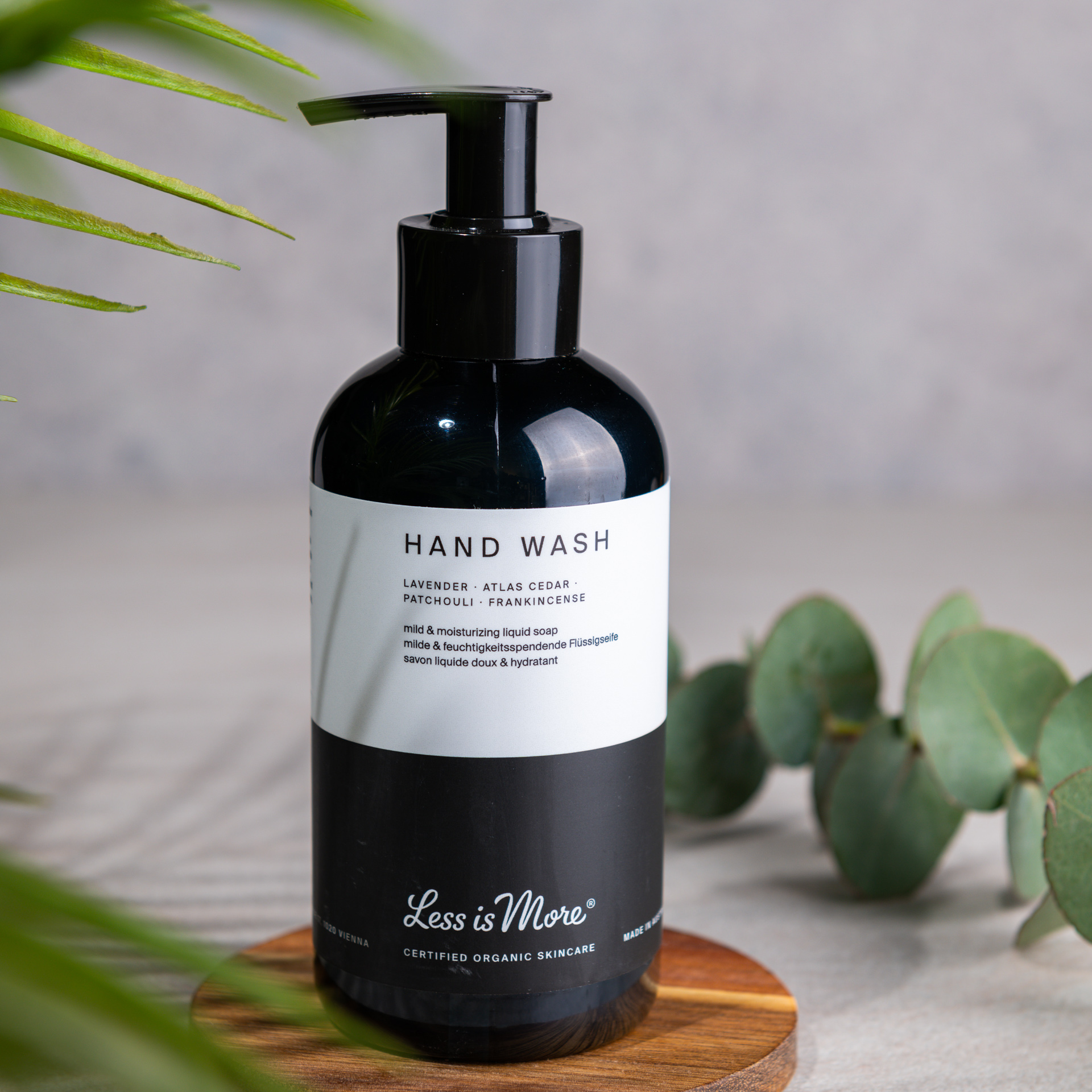 Hand Wash Lavender · Atlas Cedar · Patchouli · Frankincense